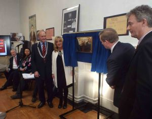 An Taoiseach unveils a plaque to mark the 150 Anniversary of the school watched by Principal, Kate Byrne, Vice Principal, Eddie Kelly and PPU President, John Cullen on November 20th. 2014