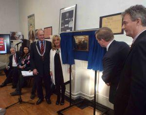 Unveiling the commemorative plaque